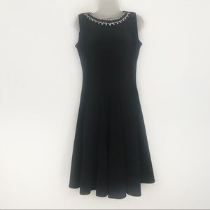black haani dress